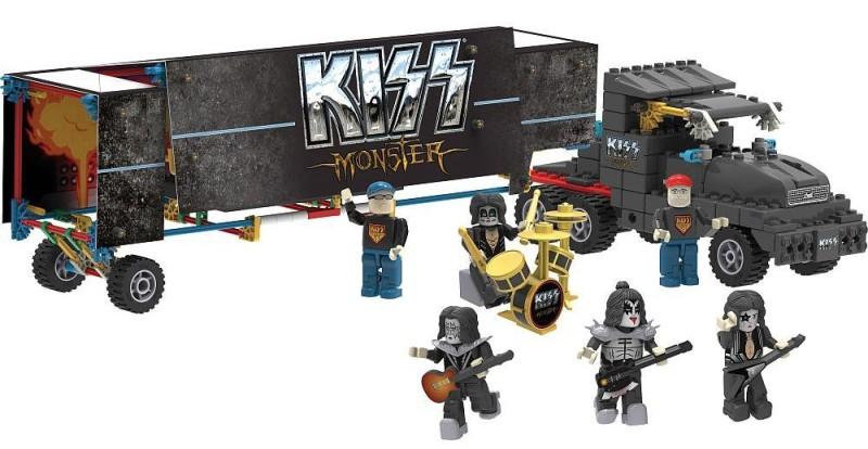 KISS_Rock_Stage_mommymafia.com