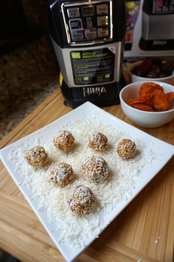 coconut health balls Nutri Ninja MommyMafia.com