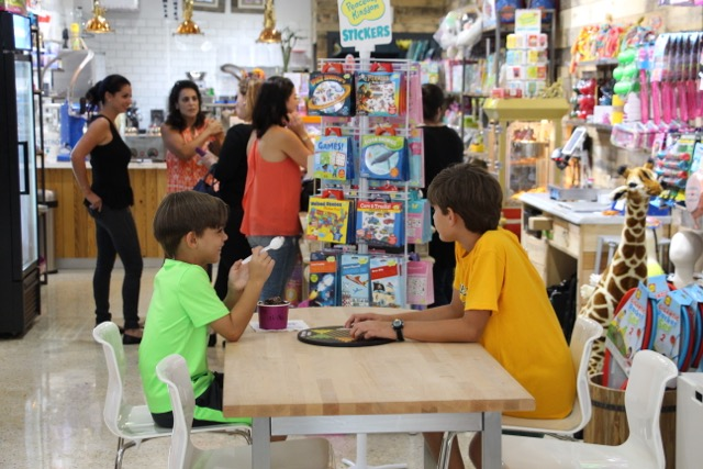 Smooshies Miami Candy and Ice Cream Shop | Things to do with kids in Miami | Miami blogger