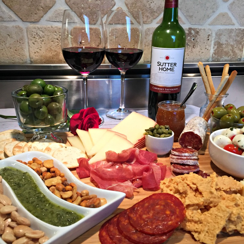 Msg 4 21+ The perfect Spanish meat and cheese platter inspired by the Running Of The Bulls Fiesta in Pamplona Spain. Perfectly paired with @SutterHome Merlot & Cabernet Savignon! #summervino AD