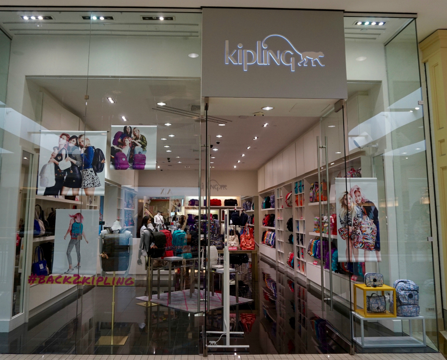 kipling aventura mall store