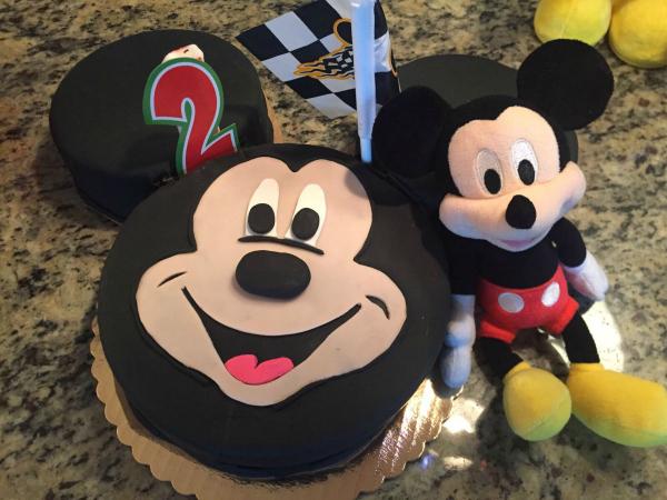 Brilliant Miami Cakes Baked With Love Sweet Lula Cakes Mommy Mafia Funny Birthday Cards Online Hendilapandamsfinfo